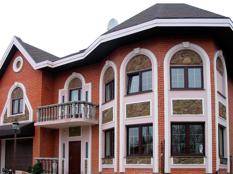 Фасад дома с окнами фото